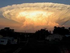 都说神马都是浮云,但这是神马浮云?