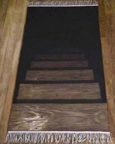 自从家里铺上这个地毯,朋友们就很少来做客了