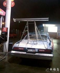 哪买的跑车尾翼这么高?