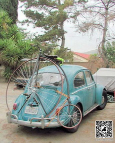 复古汽车配复古自行车