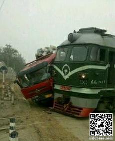 火车我也不怕,撞了再说