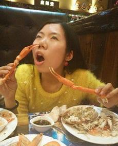 妹子能好好吃饭吗
