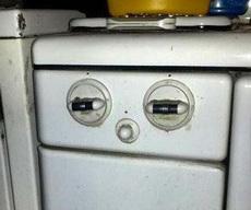 煤气炉君眼神很迷离啊