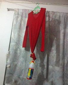 机智的骚年叫你如何洗衣服防止缩水