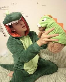 咦,这么巧啊,我们都是恐龙啊