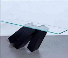 这个桌子让我感到很焦虑
