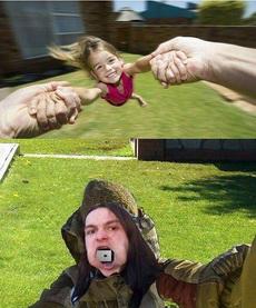 我一直怀疑图一的这种照片是怎么拍的,看到第二张才发现,现在做父母的也是蛮拼的