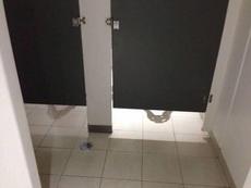 上厕所的时候