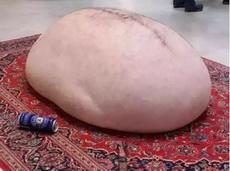 喜欢靠着胖子的肚子吗?这款抱枕你值得拥有