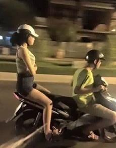 当女友很生气但还是要我载她回家的時候!!