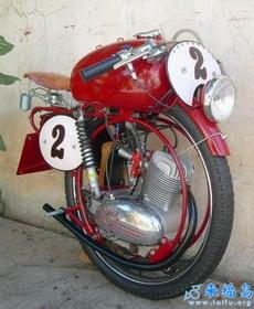 只有一个轮子的摩托车