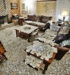 la casa llenada de billetes!!!
