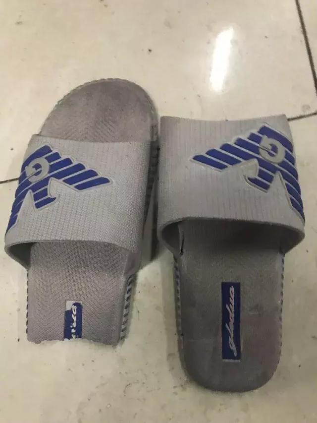 舍友的拖鞋[dafa888手机版]
